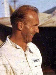Frank Gardner at Lakeside Pits, Australia, 1965 or '66.  Photo Copyright 2002 Ray Bell